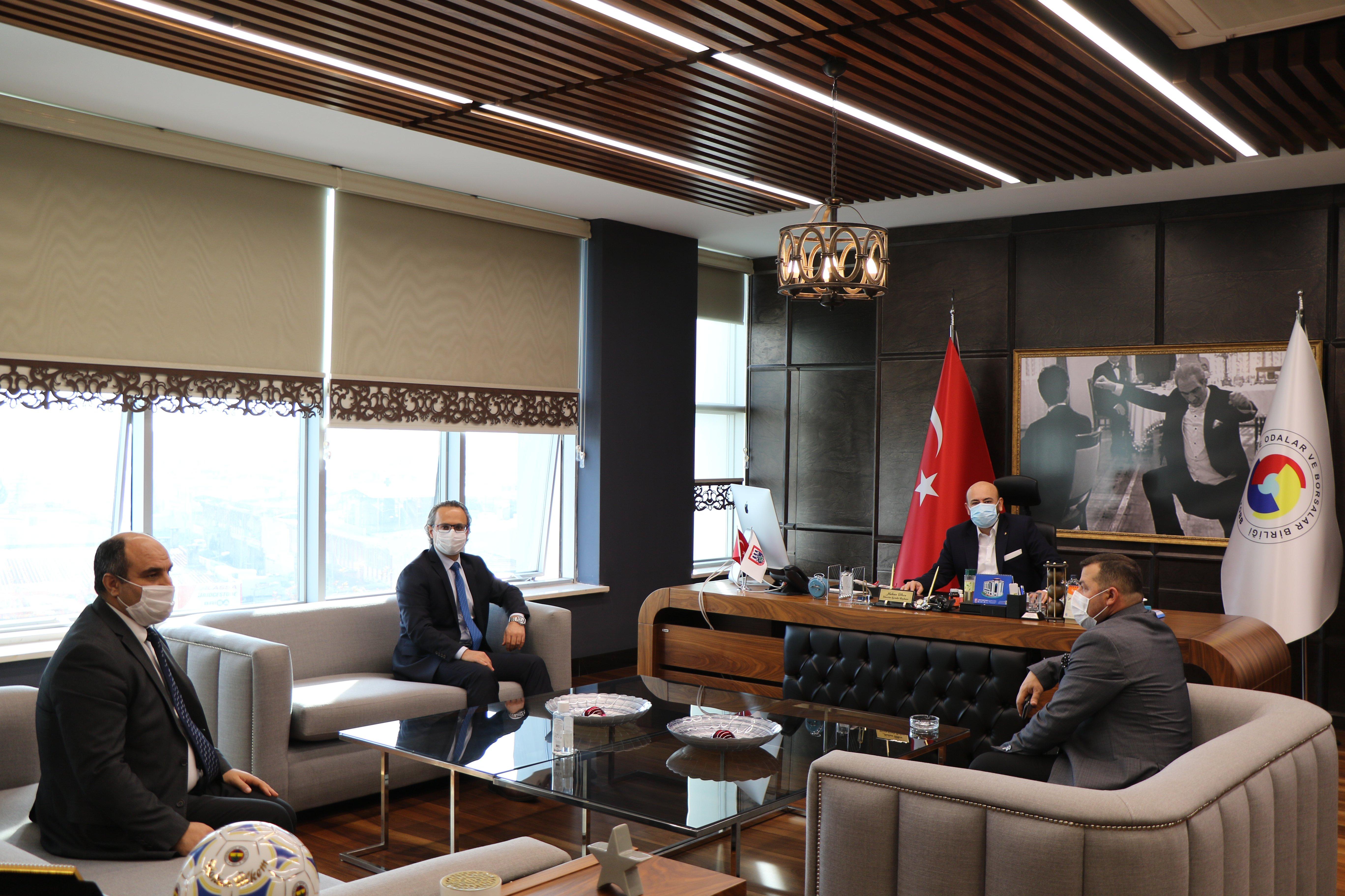 Aydın Vergi Dairesi Başkanı Serdar ŞAHİN, TOBB Yönetim Kurulu Üyesi ve Odamız Başkanı Hakan ÜLKEN' i makamında ziyaret etti