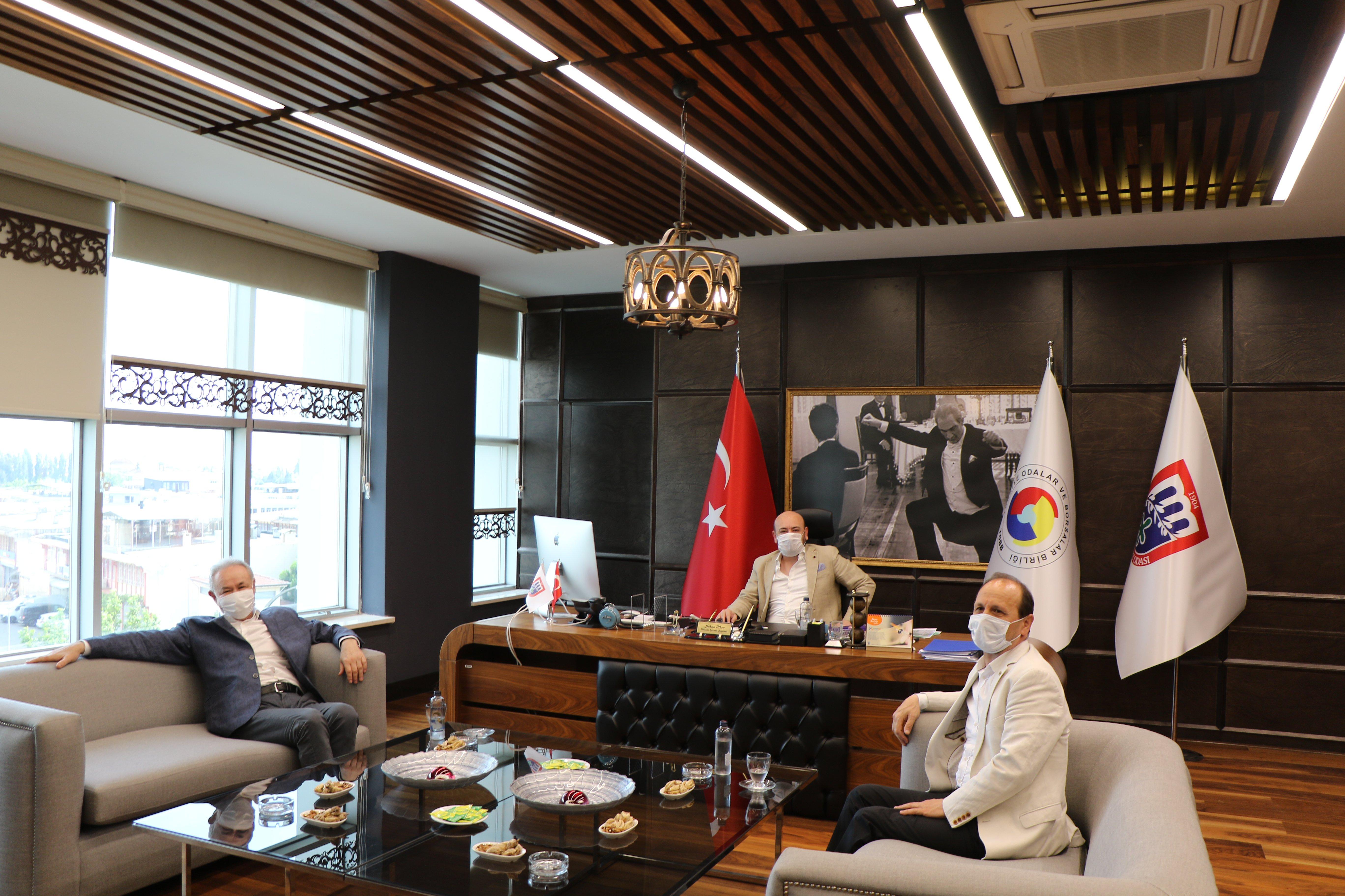 İyi Parti Aydın Milletvekili Sayın Aydın Adnan SEZGİN ve İyi Parti Aydın İl Başkanı Sayın Cemal SARI, AYTO Yönetim Kurulu Başkanı Hakan ÜLKEN'i makamında ziyaret etti