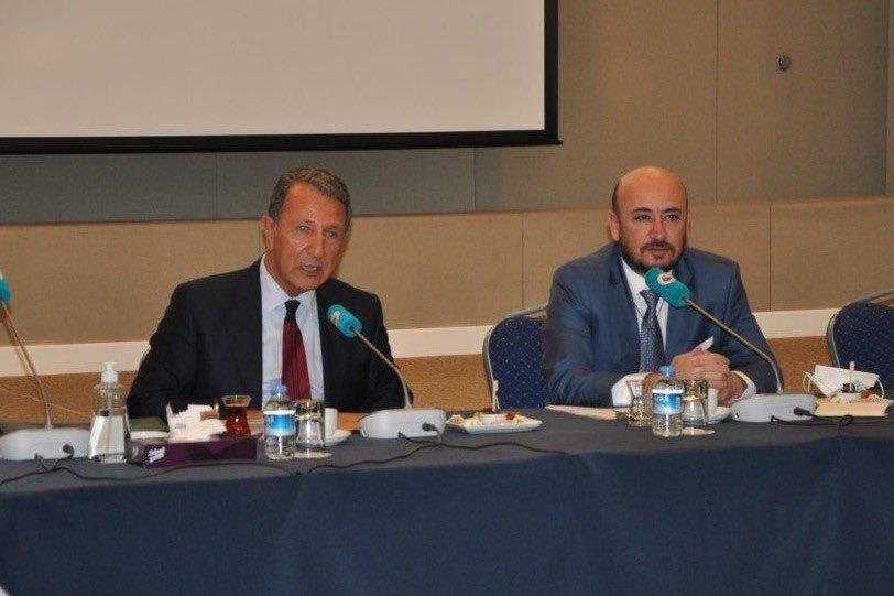 Türkiye Uluslararası Müteahhitlik Hizmetleri Meclisinin seçimli ilk toplantısı Odamız Başkanı Hakan ÜLKEN başkanlığında gerçekleşti