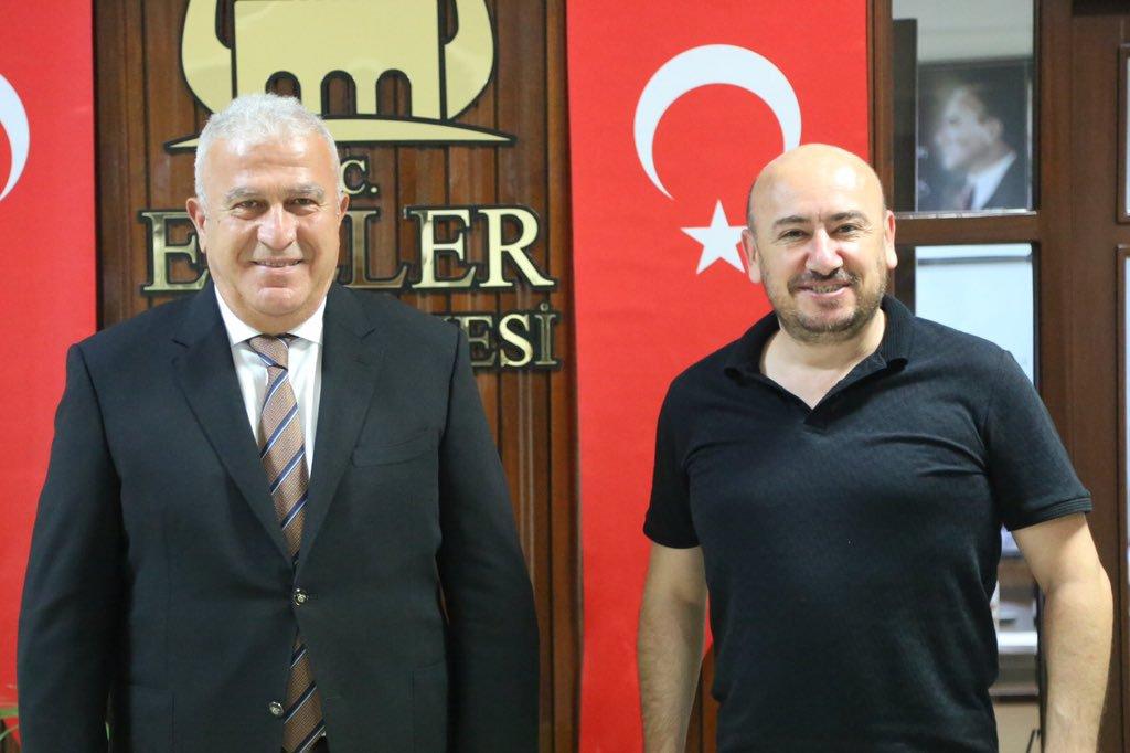 TOBB Yönetim Kurulu Üyesi ve Odamız Başkanı Hakan ÜLKEN, Efeler Belediye Başkanı M.Fatih ATAY'ı makamında ziyaret ettİ
